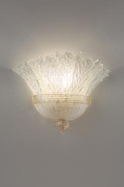 Applique Redentore en cristal de Murano moulé blanc et or 24 carats. Vistosi.