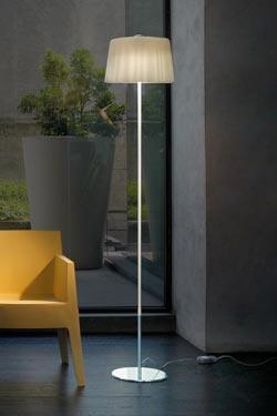 Lampadaire liseuse en verre de Murano métallisé et ambre double aspect Cloth. Vistosi.